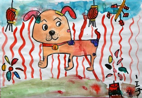 在市实验小学幼儿园,王启萱小朋友画了一幅自己骑在狗的身上飞起来